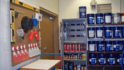 How To Create An Effective Lube Room